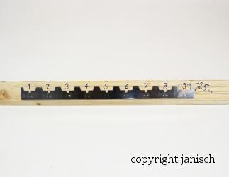 Abstand Streifen Edelstahl 370 mm für 9 Rahmen (25mm) Bild