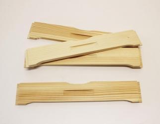 Flugloch-Schieber aus Holz; ÖBW10 / 420x490 Bild