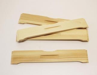 Flugloch-Schieber aus Holz; ZA Kranz 10 / 464x533 Bild
