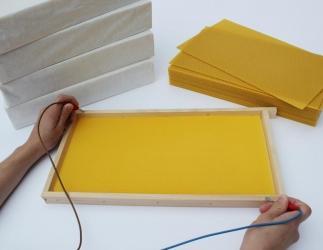 Rückstandsfreie Mittelwände-Wachsplatten DA Blatt Halbzarge; 410x116mm Bild
