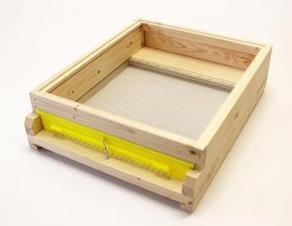 Gitterboden Hoch fertig gebaut; EMMU Quadrat / 435x435 Bild